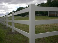 (Photo 1) 3-Rail Horse Fence